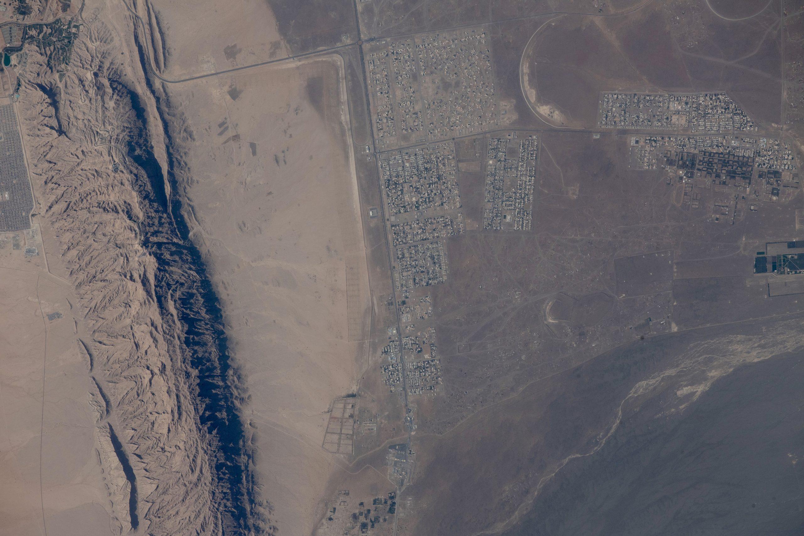 حكاية صورة من الفضاء