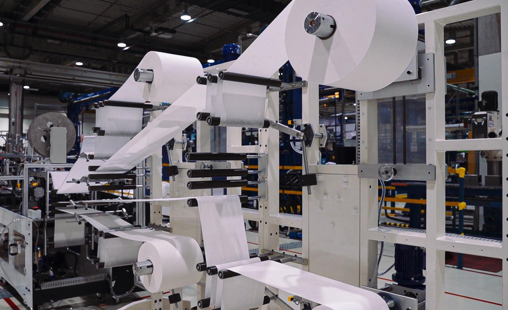 """مبادلة تدشن تعاونًا استراتيجيًا بين ستراتا للتصنيع و""""هانيويل"""" لإنشاء خط إنتاج كمامات N95 في العين"""