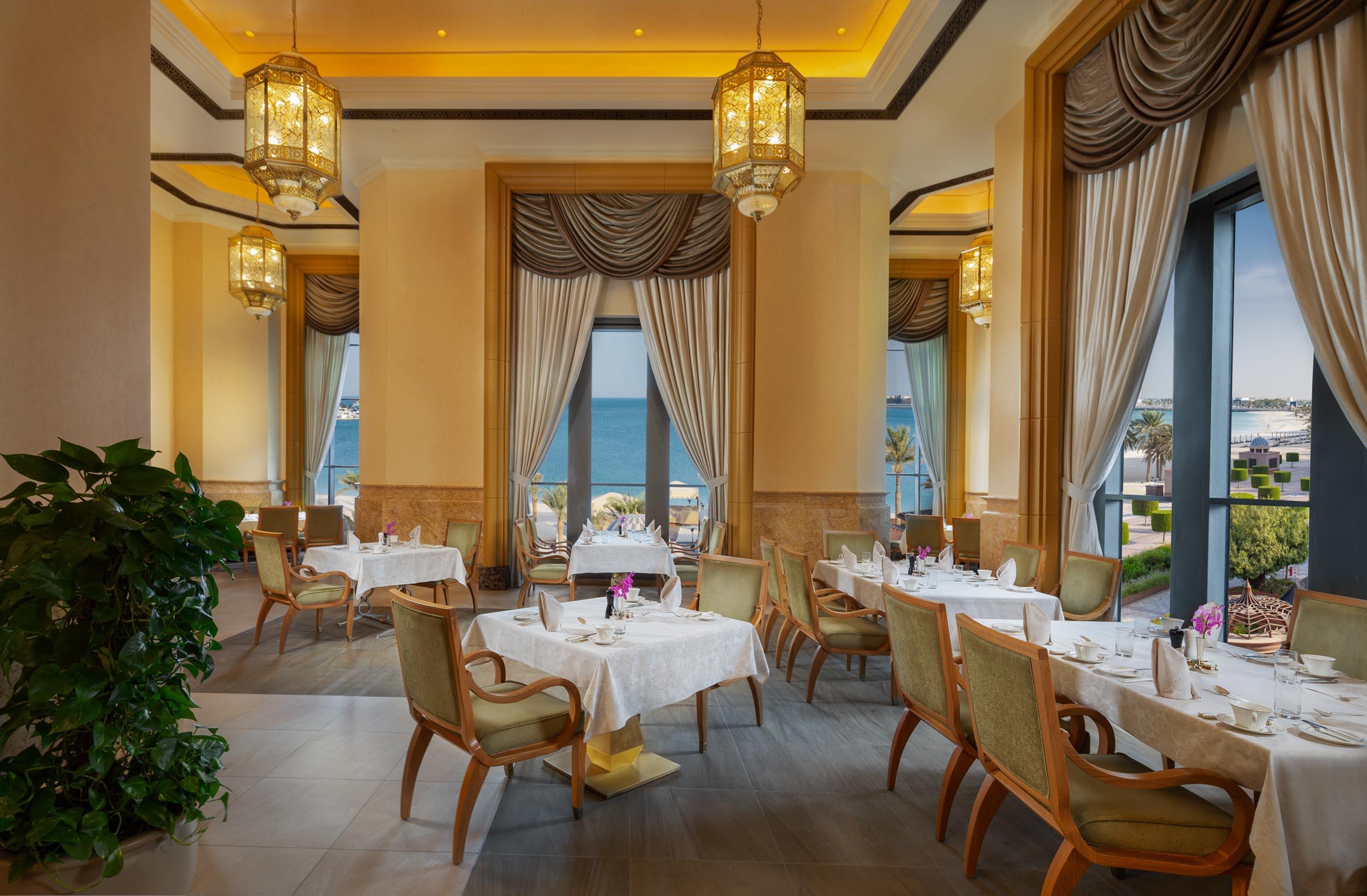 """مطعم """"لو فاندوم"""" بفندق قصر الامارات يقدمأروع الأطباق الشرق أوسطية"""