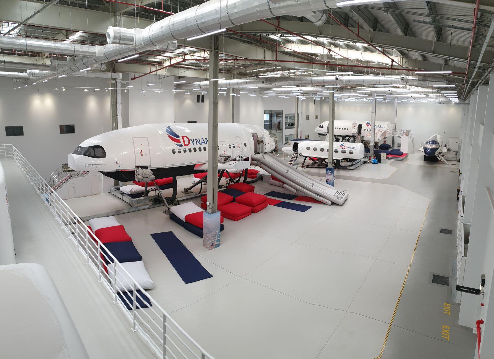 """""""دايناميك"""" للتدريب المتقدم يحصل على الموافقة التنظيمية ليكون أول منشأة تدريبية مستقلة لسلامة الطيران في الشرق الأوسط بدبي"""