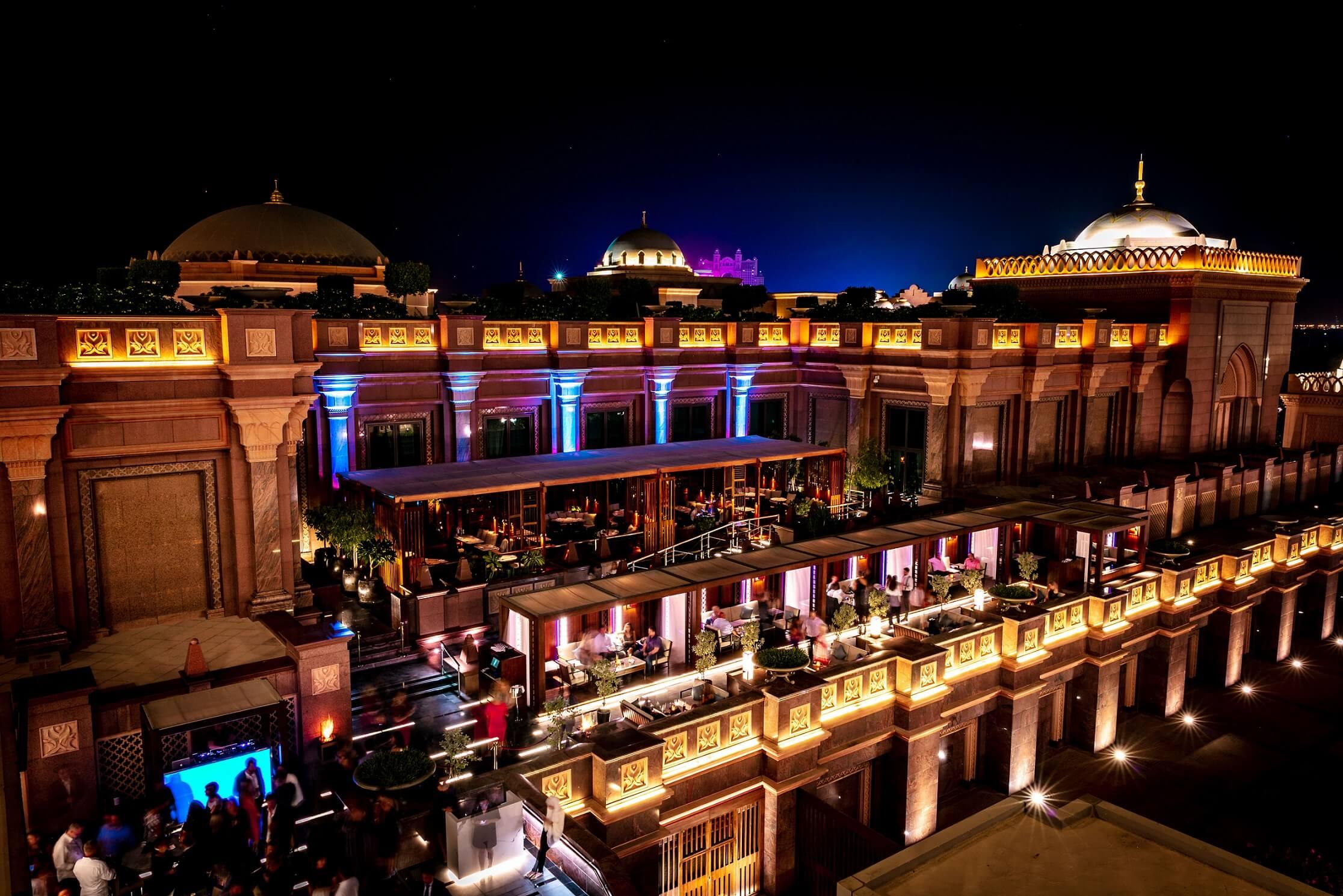 """احتفل بمهرجان منتصف الخريف في """"هاكاسان أبوظبي"""" قصر الامارات"""