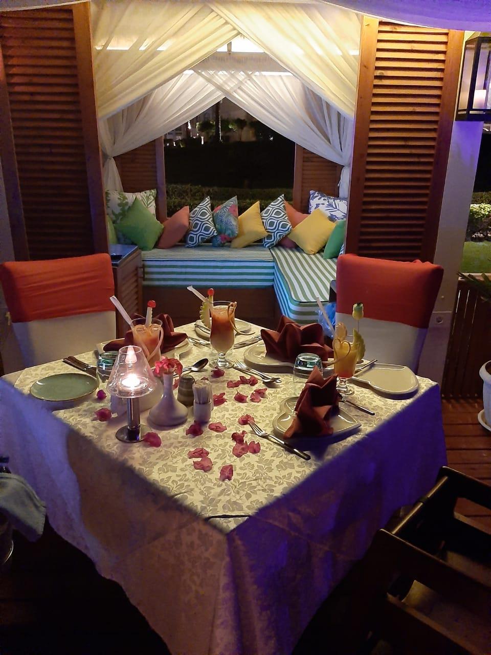 أرقى مذاقات المأكولات العالمية في فنادق ريكسوس مصر