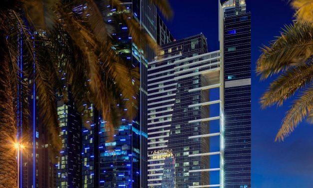 احتفل بموسم الأعياد في فندق ذا إتش دبي أجواء إحتفالية وولائم مميزة في مطعم إيت أند ميت ، ذا جاليري كافيه ، ومقهى إتش