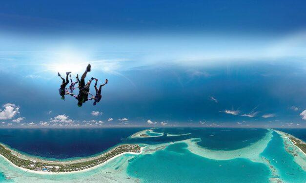 كانديما المالديف تطلق أروع أنواع الأدرينالين عبر البرنامج الجديد للقفز بالمظلات