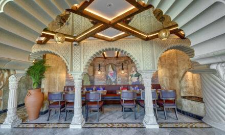 احتفالات مهرجان الألوان في مطعم خيبر بفندق ديوكس النخلة