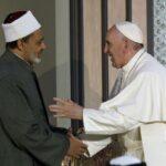 """تطور العلاقة بين بابا الفاتيكان وشيخ الأزهر.. في كتاب """"الإمام والبابا والطريق الصعب"""""""