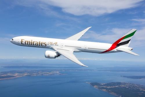 طيران الإمارات تستأنف رحلاتها إلى بوكيت