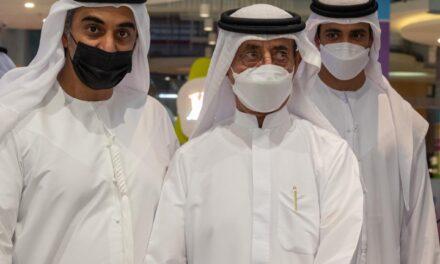 """الشيخ حشر بن مكتوم آل مكتوم يفتتح أول متاجر """" كارتر آند وايت"""" الاماراتية في دبي"""