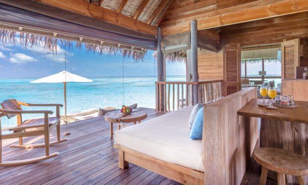 منتجع جيلي لانكانفوشي المالديف يقدم خيارات مثالية للهرب من حرّ الصيف إقامة فاخرة وإجازة استثنائية بتكلفة تبدأ من 1335 دولار أمريكي غير متضمنة الرسوم والضرائب