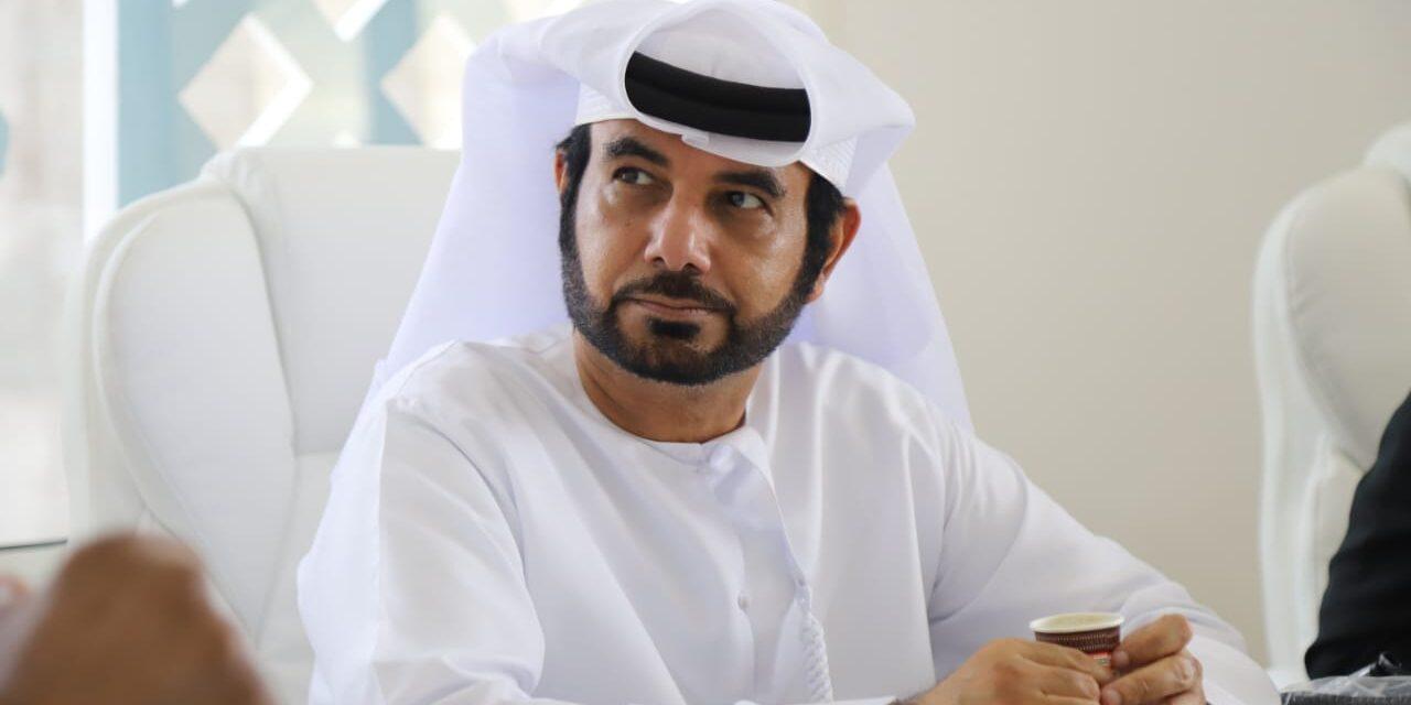 د. مبارك العامري يفتتح المعرض الجديد لشركة ناشيونال ستون للحجر الصناعي في مول مواد البناء في دبي
